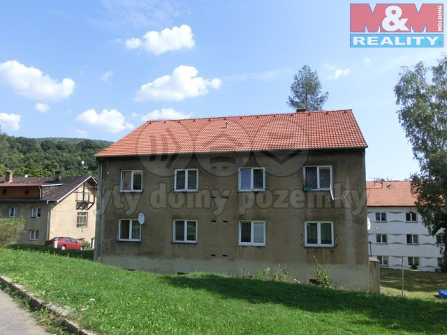 Prodej, nájemní dům, 8 bytů, 232 m2, Lom-Loučná