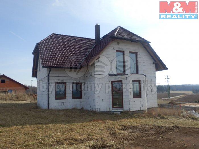 Prodej, rodinný dům 6+kk, 1146 m2, Háje