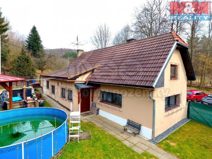 Prodej, rodinný dům 4+1, 404 m2, Všestary - Menčice