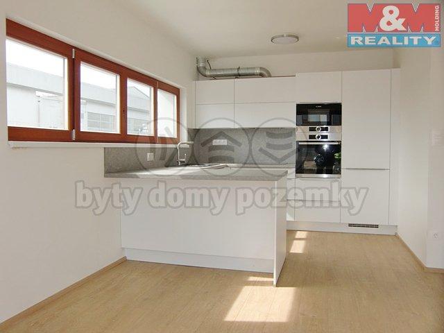 Prodej, rodinný dům 4+kk, 154 m2, Praha 9 – Dolní Počernice