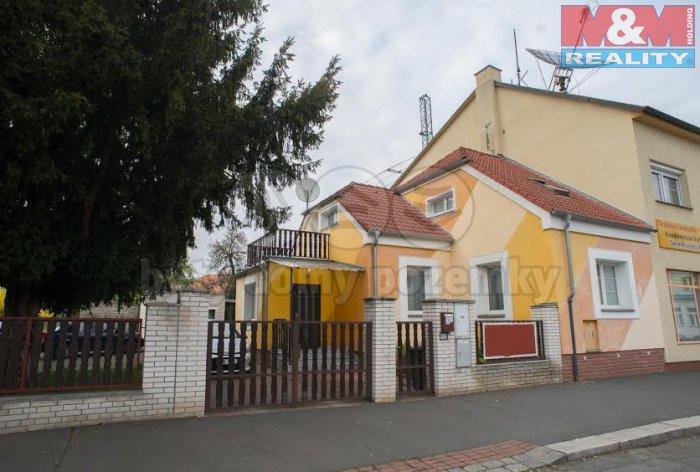 Prodej, rodinný dům 4+1, 103 m2, Praha 8