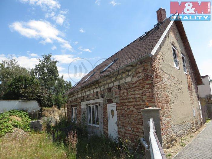 Prodej, rodinný dům, 592 m2, Březno, ul. Radniční