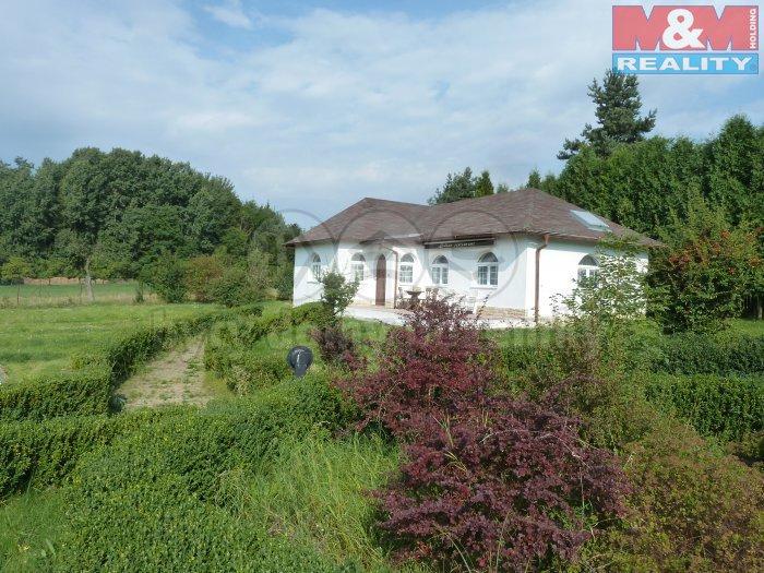 Pronájem, rodinný dům, 360 m2, Kamenice - Dobšín