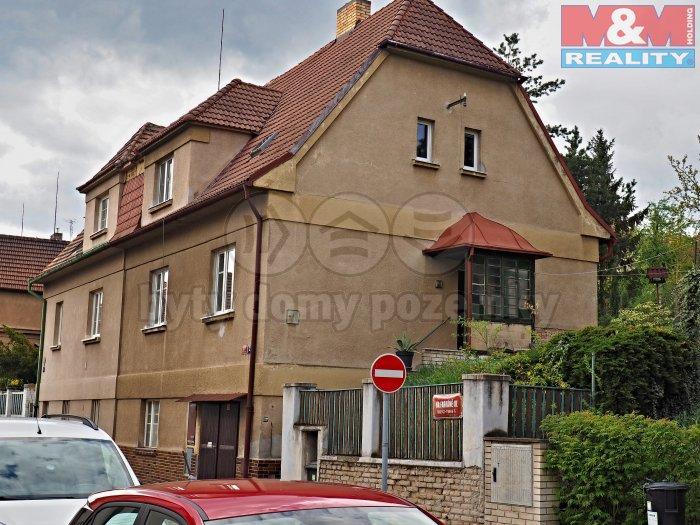Prodej, rodinný dům, 477 m2, Praha 5, ul. Na Farkáně
