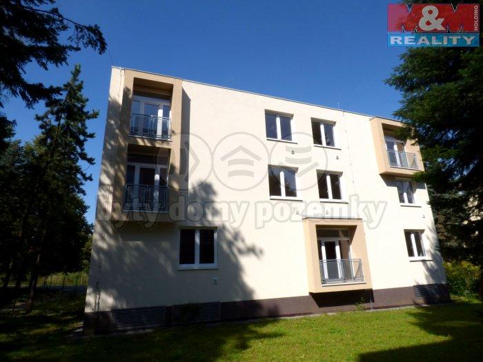 Pronájem, byt 1+kk, 30 m2, Praha 4 - Komořany