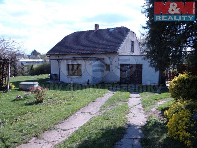 Prodej, rodinný dům 2+1, 1300 m2, Lipoltice
