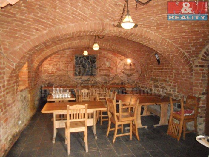 Pronájem, restaurace, 200 m2, Kravaře