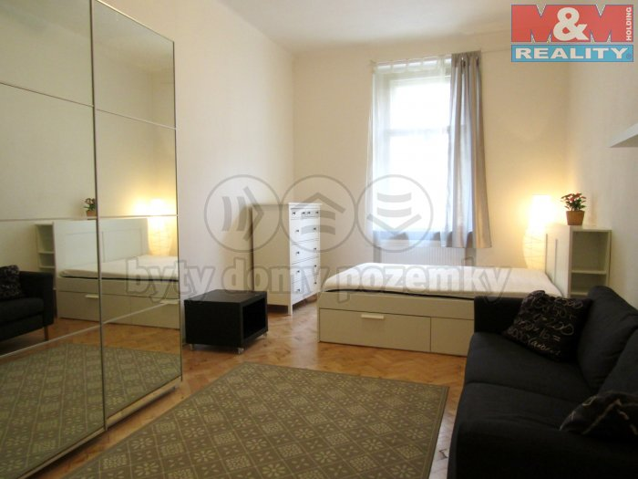 Pronájem, byt 1+1, 40 m2, Praha 3 - Vinohrady
