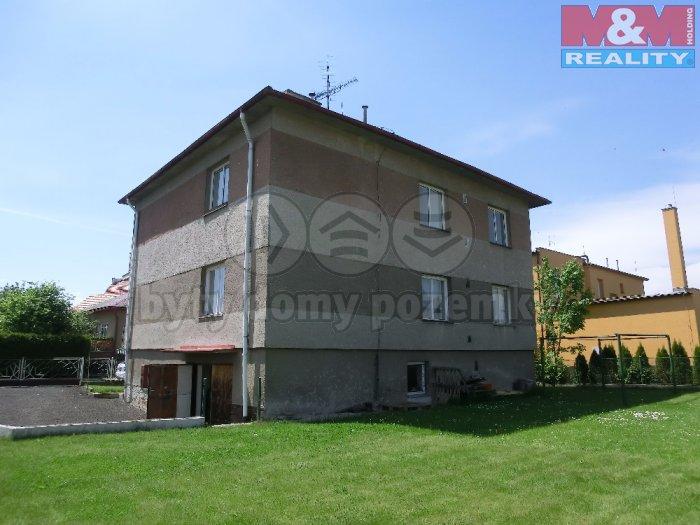 Prodej, dvougenerační dům 4+1, 300 m2, Žatec, ul. K. Škréty