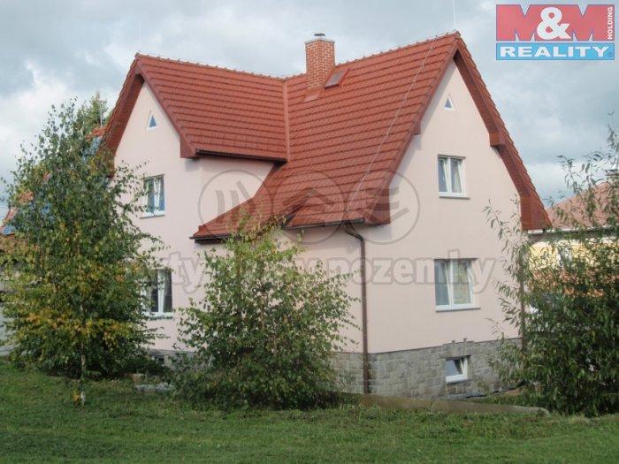 Pronájem, rodinný dům 6+kk, 164 m2, Svojetice