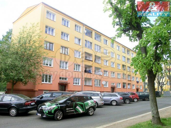 Prodej, byt 2+1, OV, 56 m2, Ostrov, Kollárova ul.
