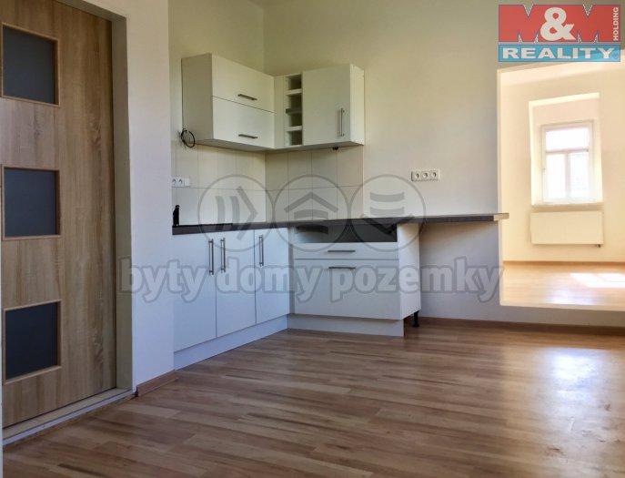 Prodej, byt 2+1, 65 m2, Karlovy Vary - Doubí, ul. Studentská