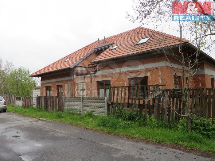 Prodej, rodinný dům 4+1 a 5+1, Praha 4 Kunratice