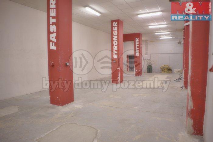 Pronájem, kancelářské prostory, 360 m2, Praha - Vršovice