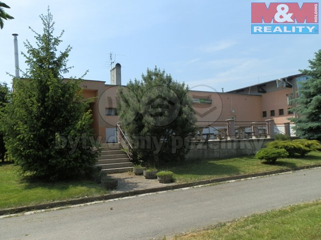 Prodej, komerční objekt, 2 927 m², Králíky