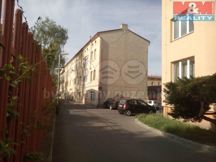 Prodej, obchodní prostory, 27 m2, Lovosice