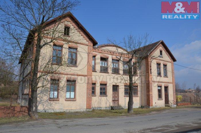 Prodej, výrobní objekt 1200 m2, Zbůch