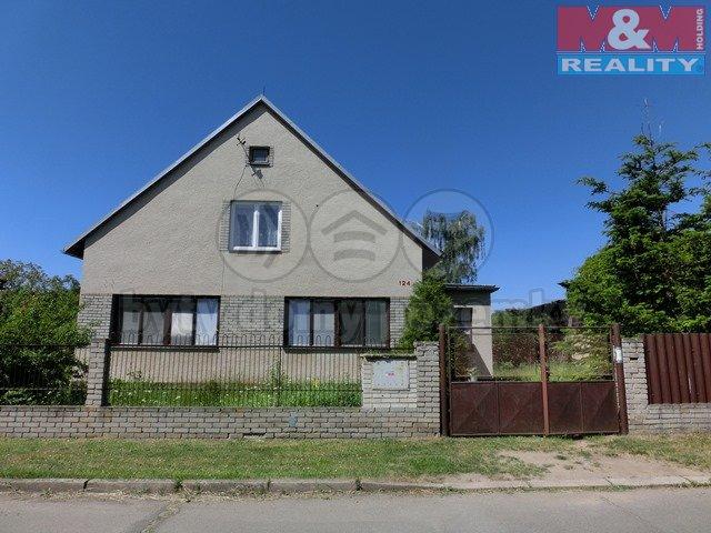 Prodej, rodinný dům 5+1, 1631 m2, Hrobce, ul. Lipová