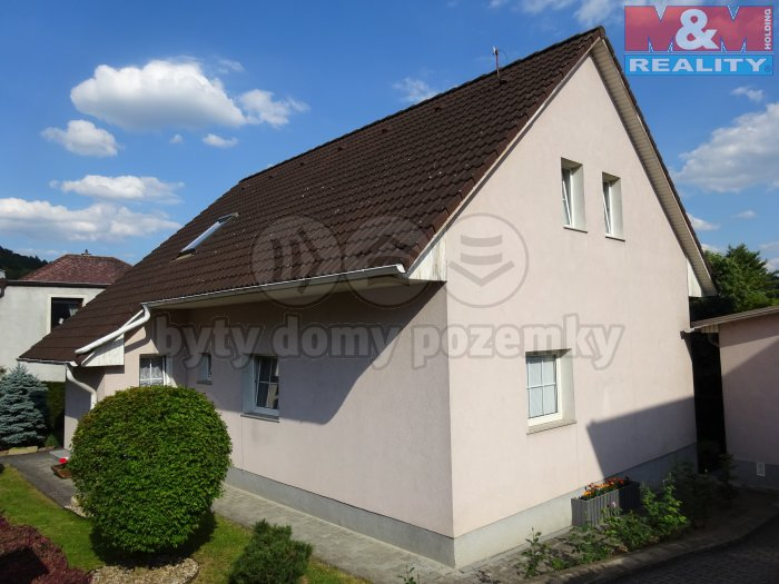 Prodej, rodinný dům 5+1, 592 m2, Zdice
