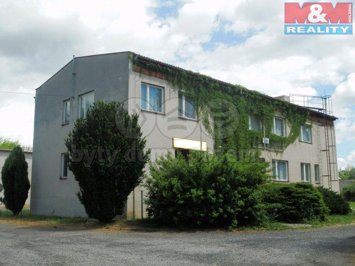 Prodej, administrativní budova, 4138 m2, Čestice