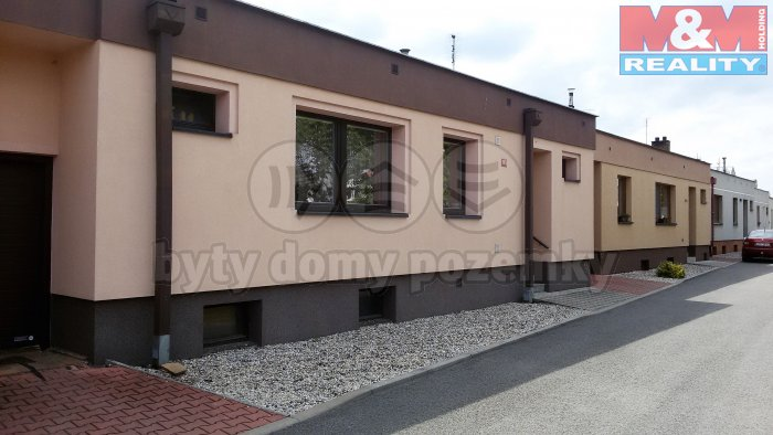 Prodej, rodinný dům 4+1, 200 m2, Nové Strašecí, ul. Atriová