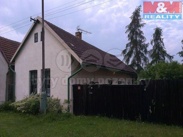 Prodej, rodinný dům, 422 m2, Sány