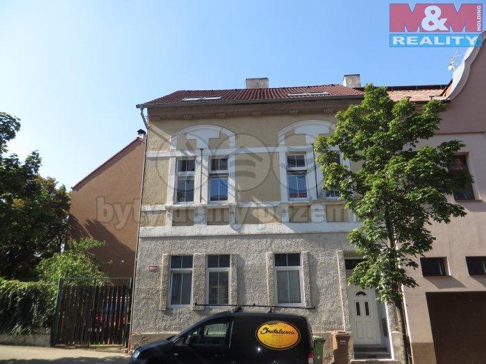 Pronájem, byt 2+1, 65 m2, OV, Chomutov, ul. Poděbradova