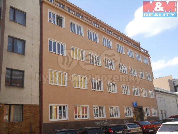 Pronájem, kancelář, 27 m2, Praha 7 - Holešovice, Přístavní