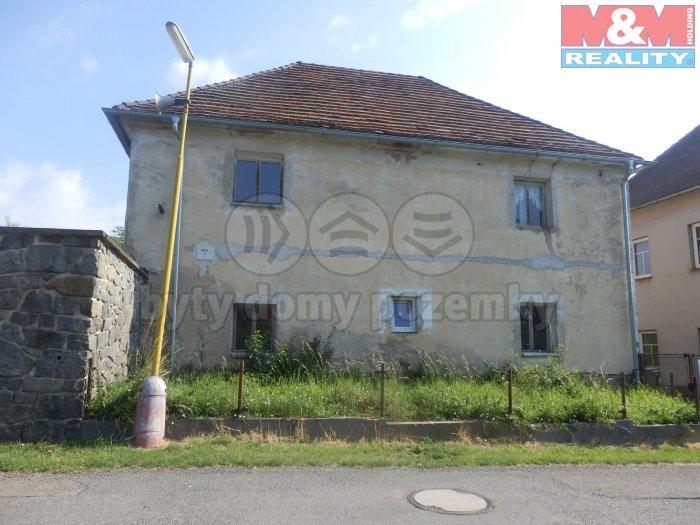 Prodej, rodinný dům 4+1+kk, 464 m2, Chraštice
