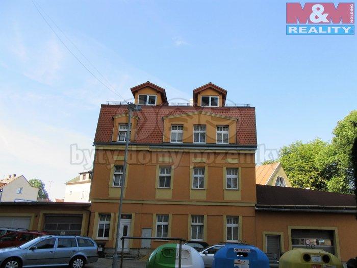 Prodej, byt 1+1, 35 m2, OV, Stará Role, ul. Svobodova