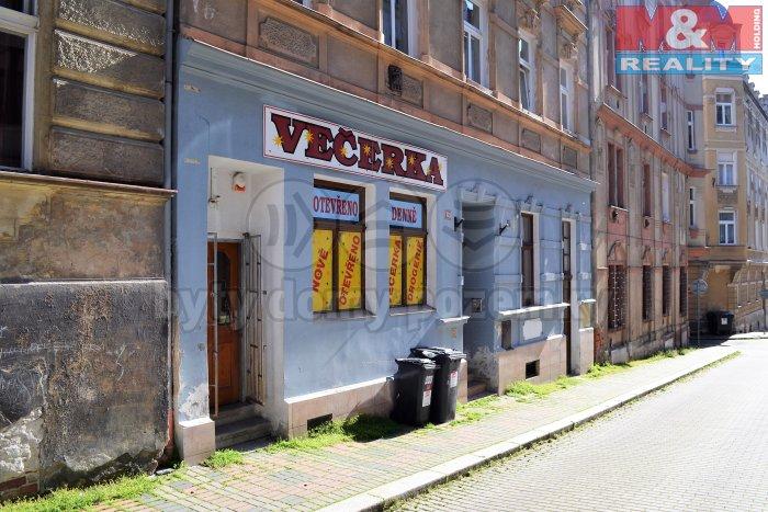Pronájem, obchodní prostory, 50 m2, Karlovy Vary
