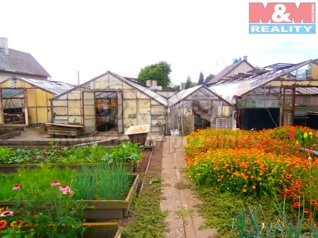 Prodej, zahradnictví, 3218 m2, Pesvice