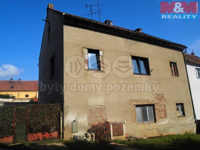 Prodej, rodinný dům, 430 m2, OV, Vtelno, ul. Ke Kostelu