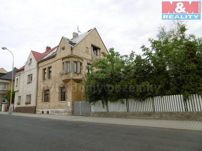 Prodej, rodinný dům 8+1, 113 m2, Jirkov, ul. Karla Čapka