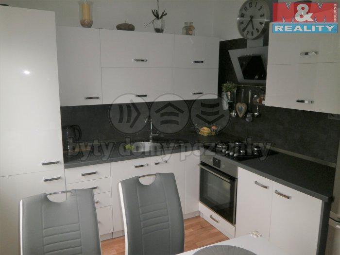 Prodej, byt 4+1 84 m2, Karlovy Vary, ul. Jana Opletala