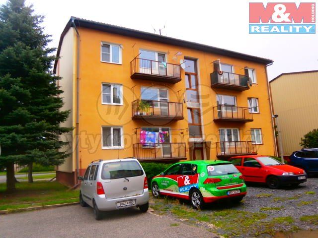 Prodej, byt 3+1 s garáží, 63 m2, Dobroměřice