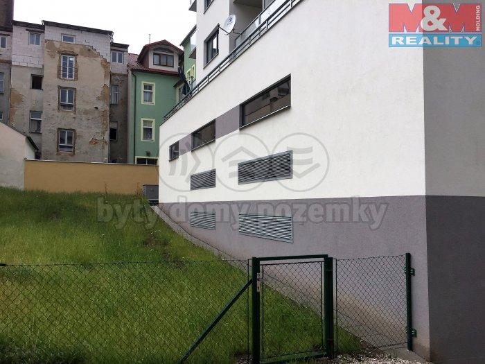 Pronájem, byt 1+kk, 36 m2, Plzeň - Jižní Předměstí