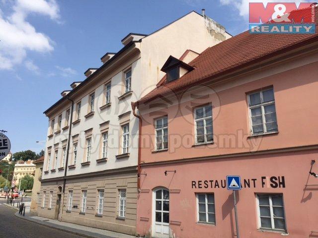 Prodej, byt 4+1, 107 m2, Praha 1, ul. U lužického semináře