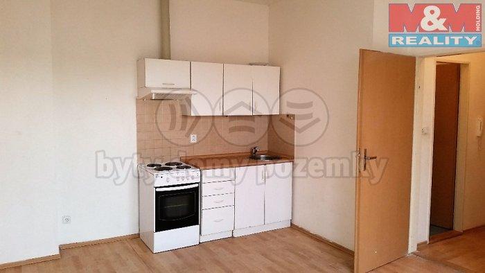 Pronájem, byt 1+kk, 22 m2, Plzeň