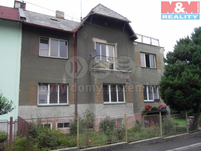 Prodej, 1/2 rodinného domu, Ústí nad Labem - Bukov