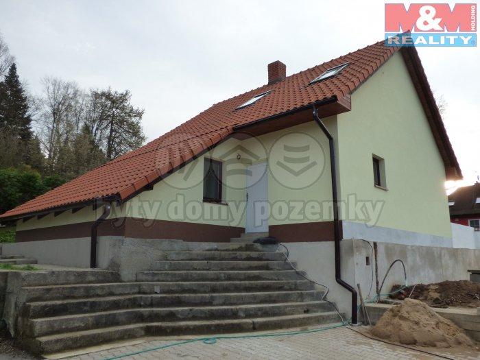 Prodej, rodinný dům 8+kk, 530 m2, Kamenice - Ládví