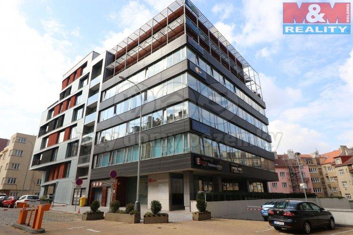Pronájem, kancelářské prostory, 368 m2, Praha 4 - Nusle