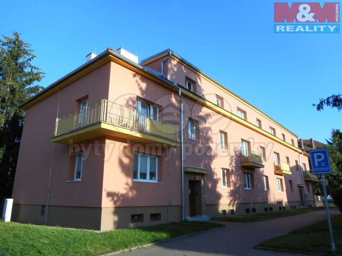 Prodej, byt 2+1, OV, 74 m2, Žatec, ul. Sládkova