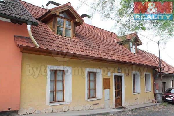 Pronájem, rodinný dům 5+1, 179 m2, Hořovice