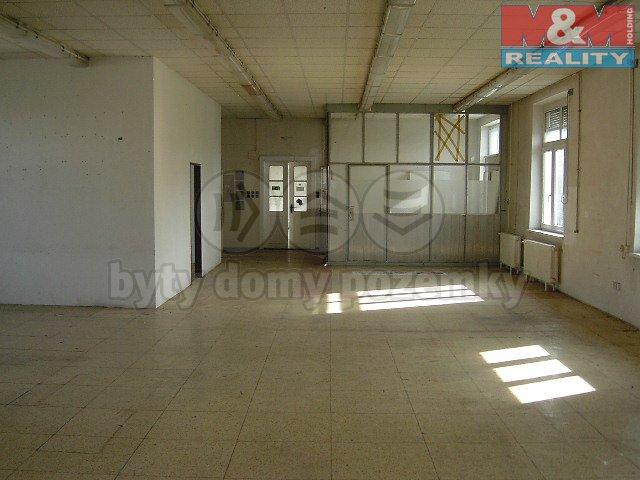 Pronájem, obchodní prostory, 220 m2, Praha 10 - Strašnice