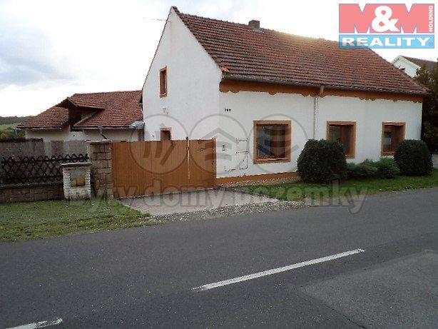 Prodej, rodinný dům, 1109 m2, Třebenice