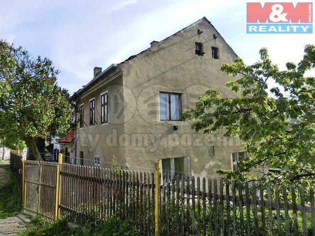 Prodej, rodinný dům, 941 m2, Třebívlice, ul. Na Vilouni