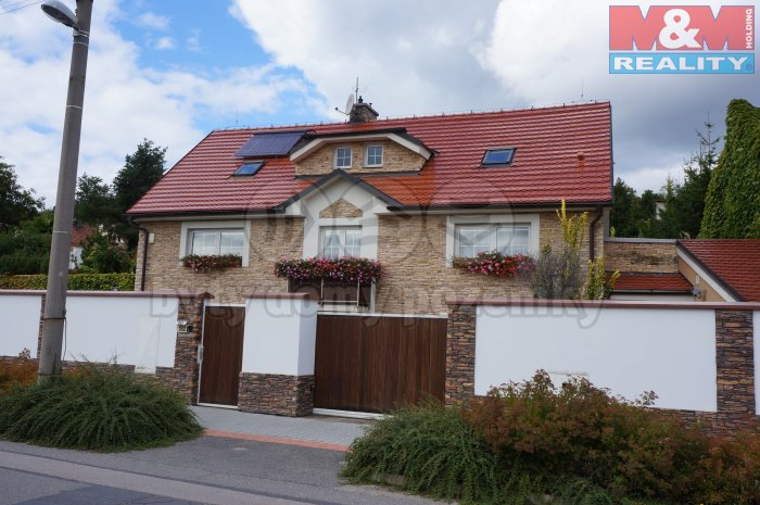 Prodej, Rodinný dům,1021 m2, Brandýsek, Švermovská