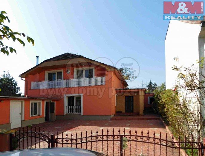 Prodej, rodinný dům 6+1, 300 m2, Praha 9 - Běchovice