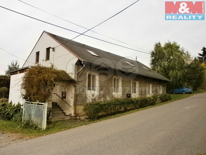 Prodej, rodinný dům, 374 m2, Loukov